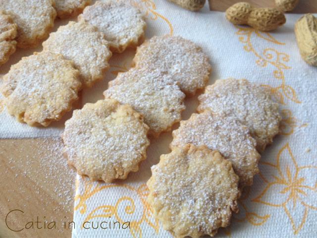 biscotti alle arachidi