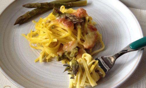 Chitarrine agli asparagi e scamorza affumicata