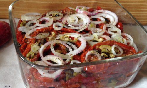 Pomodori secchi con cipollotto di Tropea