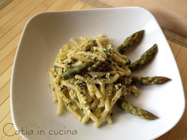 pasta al pesto di asparagi