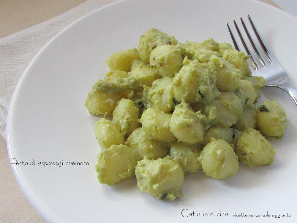 gnocchi al pesto di asparagi cremoso