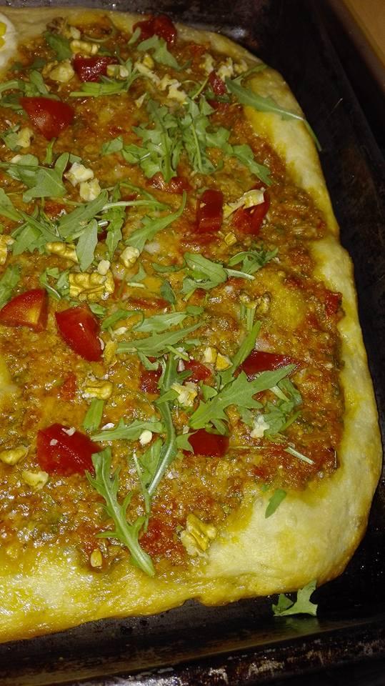 pizza con pesto di pomodori-Rossana