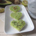 Tartine alla crema di avocado e yogurt