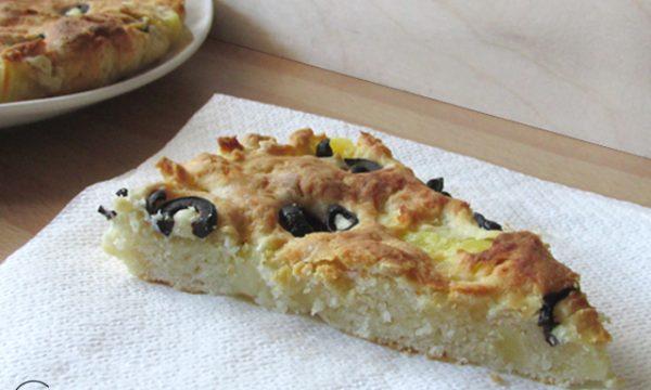 Focaccia con patate e olive nere