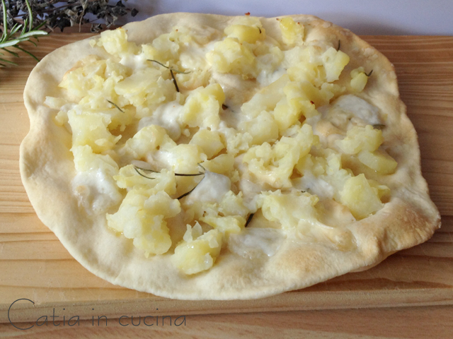pizza patate e scamorza