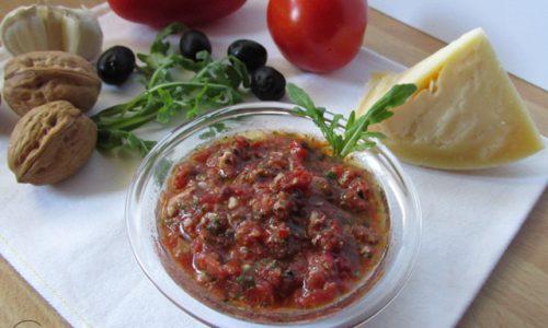 Pesto di pomodori e rucola