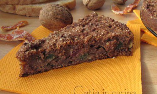 Torta di pane con canditi e noci