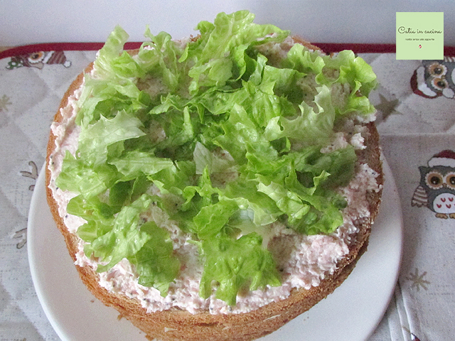 panettone salato farcito-prosciutto insalata