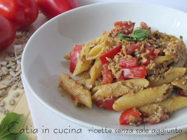 Estremamente Pasta al pesto rosso con semi di girasole   Catia in cucina UX33