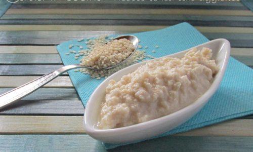 Tahina, la famosa salsa di sesamo