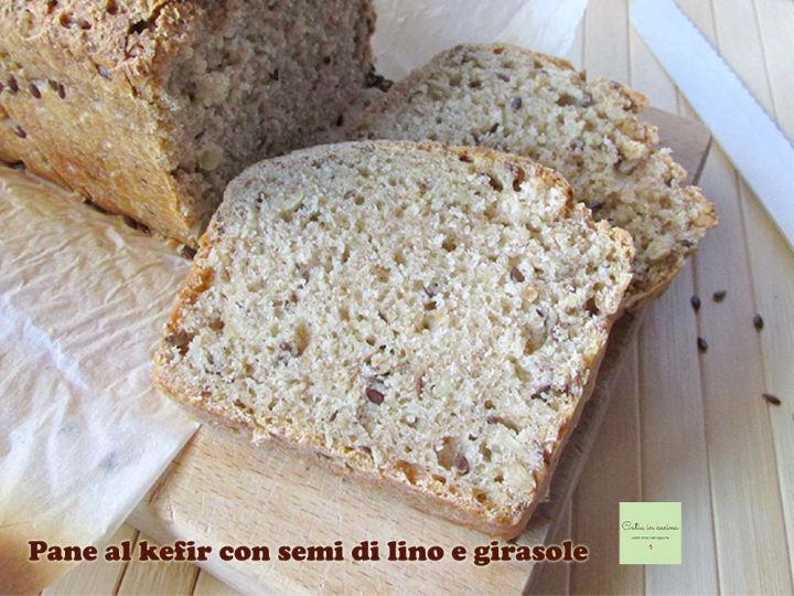 pane al kefir con semi misti-2 fette