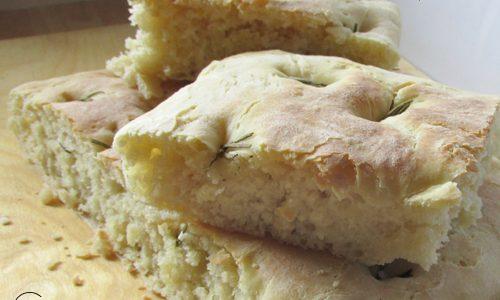 Focaccia a lievitazione naturale – ricetta kefir