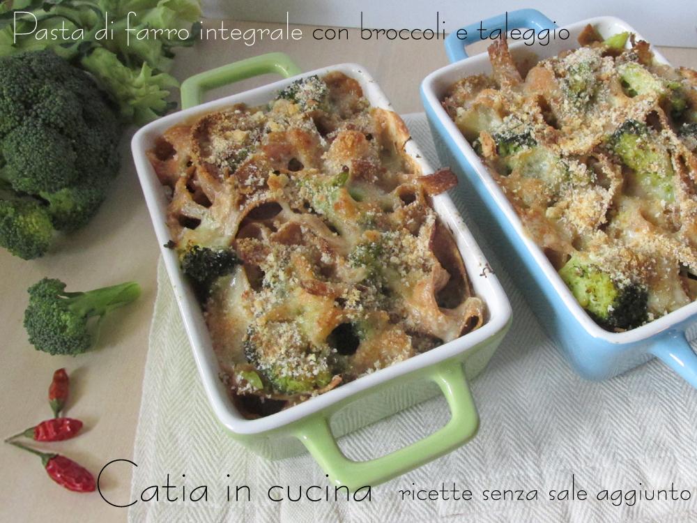 pasta con broccoli e taleggio
