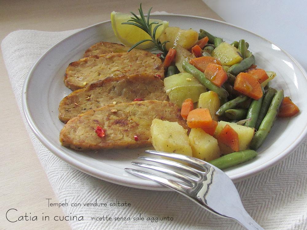 Tempeh con verdure saltate