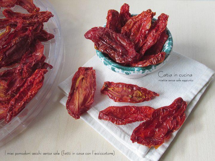 pomodori secchi senza sale (con essiccatore)