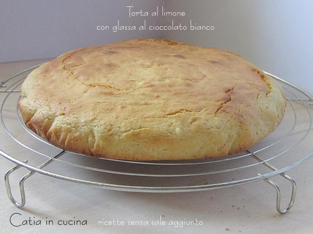 torta al limone senza glassa