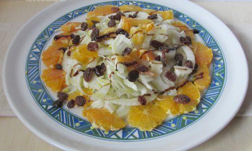 Insalata di finocchio e arancia con uvetta
