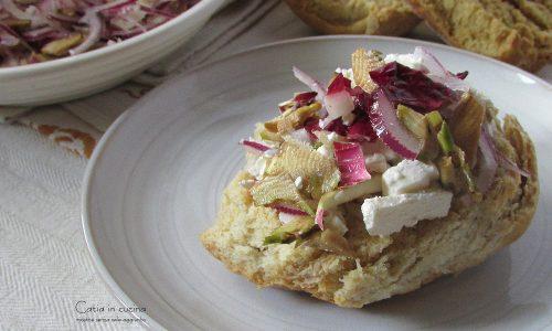 Friselle in insalata di cipolla e carciofi con…