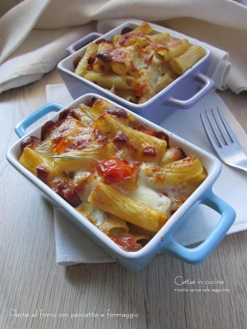 pasta al forno con pancetta e formaggio senza besciamella