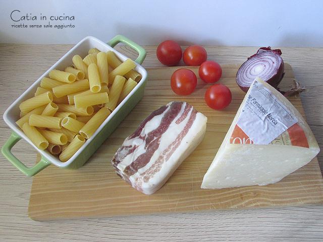 pasta al forno pancetta e formaggio - ingredienti