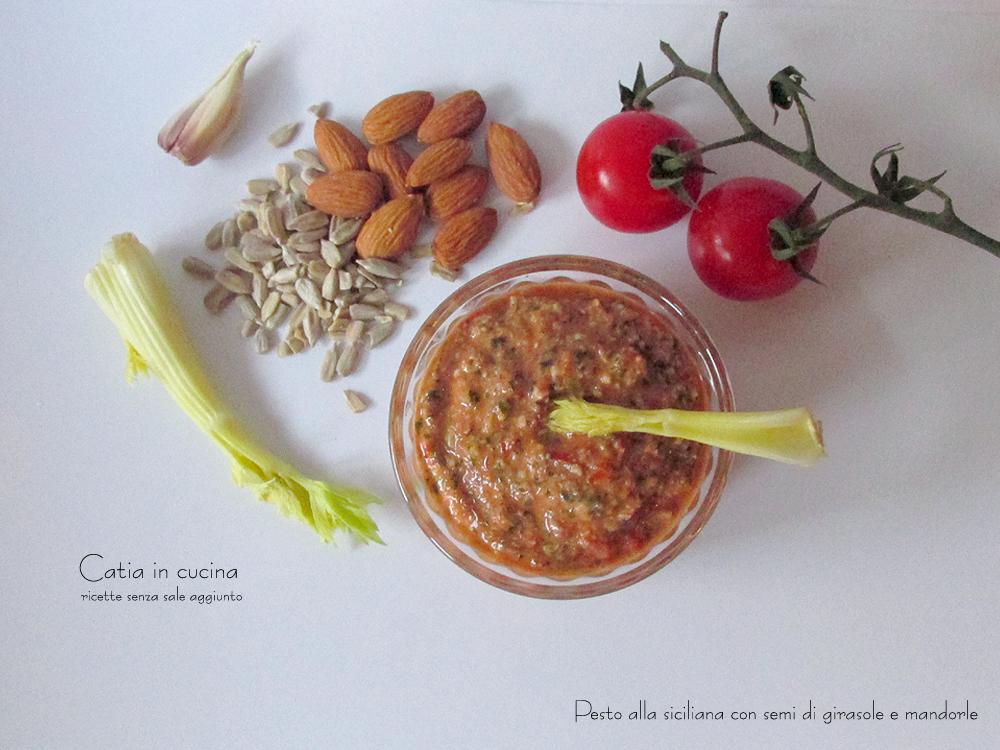 pesto alla siciliana con semi di girasole e mandorle