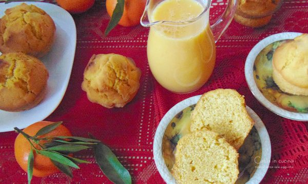 Muffin senza glutine e senza lattosio con crema di clementine