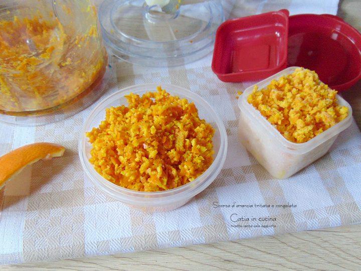 scorza di arancia tritata e congelata