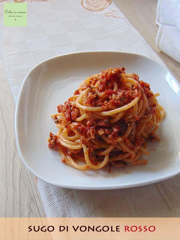 spaghetti al sugo di vongole