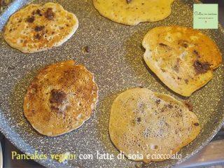 pancakes vegani al cioccolato