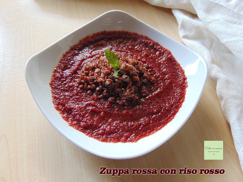 zuppa rossa con riso rosso