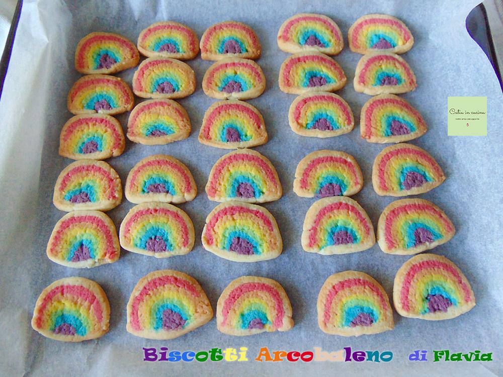 biscotti arcobaleno Flavia cotti