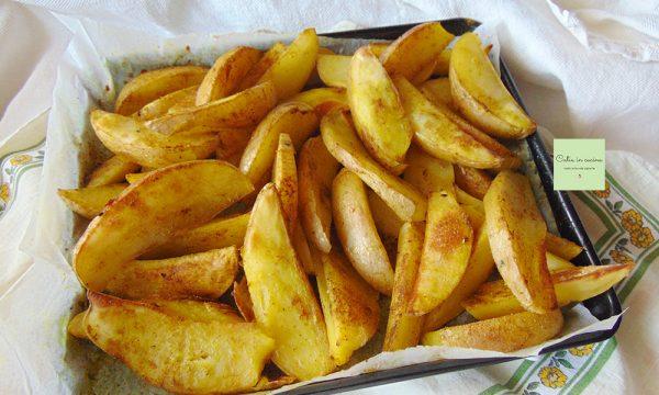 Patate speziate al forno con la buccia (Potato Wedges)