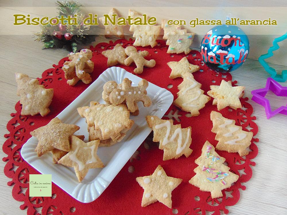 biscotti di Natale con glassa all'arancia