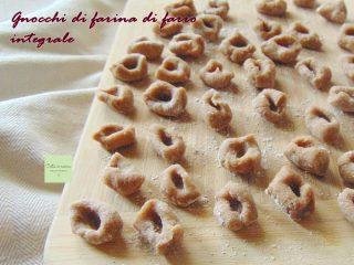 gnocchi di farina di farro integrale ricetta base
