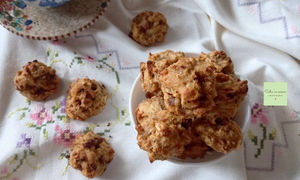Biscotti di panettone e frutta mista