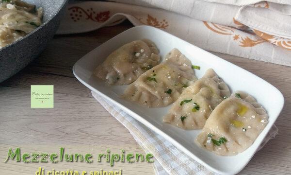 Mezzelune ripiene di ricotta e spinaci, ricetta di Flavia