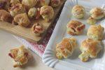 Bocconcini di pasta sfoglia speck e scamorza, ricetta di Flavia