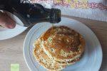 Pancakes vegani con latte di soia alla vaniglia