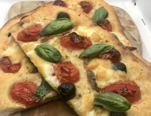 Pizza con pasta madre 72h di lievitazione