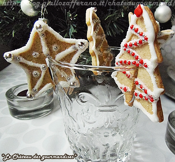 Segnaposto Natalizi Biscotti.Biscotti Segnaposto Alla Cannella Per La Tavola Di Natale