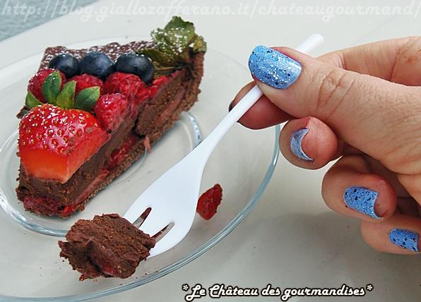 Crostata al cioccolato fondente e frutti di bosco