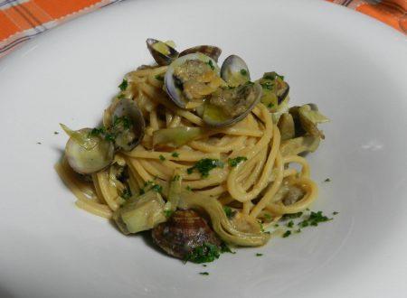 spaghetti carciofi e vongole