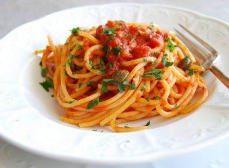 Spaghetti con acciughe e aneto