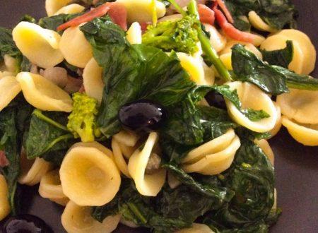 Orecchiette cime di rapa, speck, capperi e olive