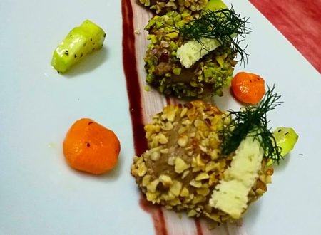 Cubi di Cinisara alle tre panature, con salsetta al nero d'avola e verdurine croccanti