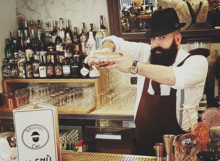 Gentlemen's Cafè il miglior bar con un barman d'oro…