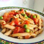 Caserecce ai 5 Cereali al Pomodoro e Piselli