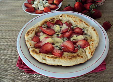 PIZZA ALLE FRAGOLE E GORGONZOLA