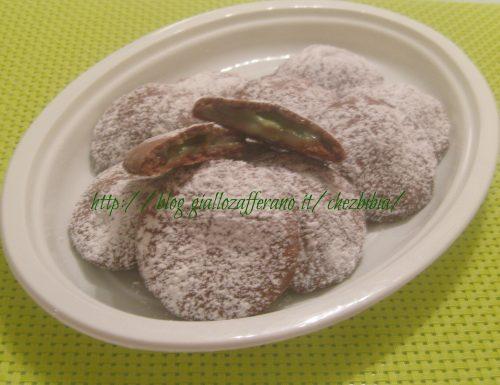 Biscotti tipo grisbì con crema di menta
