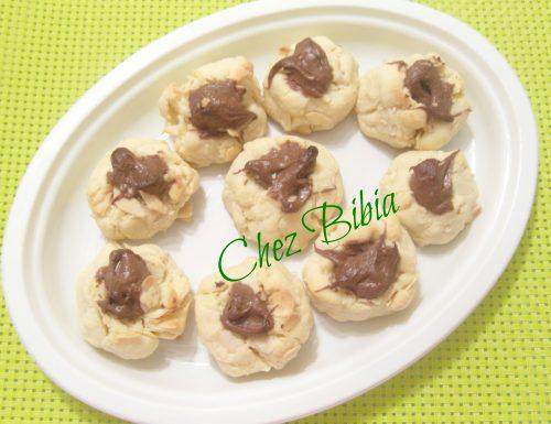 Biscotti soffici mandorle e nutella